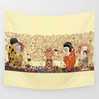 klimt Wall Tapestries featuring Kokeshis Klimt by Pendientera