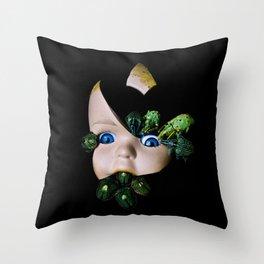 Little Broken Dolly Face - Halloween III Throw Pillow