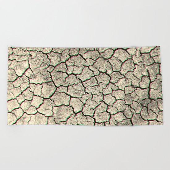 Trippy desert land Beach Towel