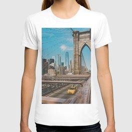 The Bridge in New York City (Color) T-shirt