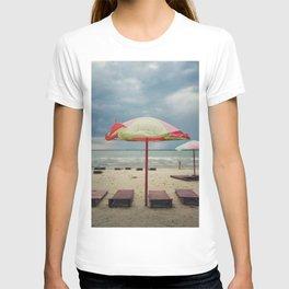 Old umbrella T-shirt