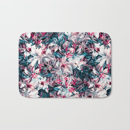 Seamless Floral And Paisley Pattern Bath Mat