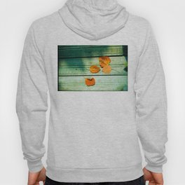 four yellow leaves Hoody