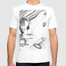 a key on the beach MEDIUM White Mens Fitted Tee