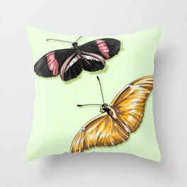 Papillon jaune Throw Pillow