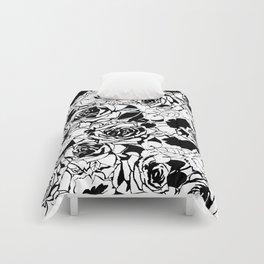The black roses art pattern Comforters