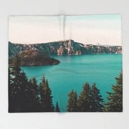 Dreamy Lake - Nature Photography Throw Blanket