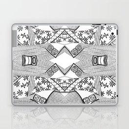 Black and white kimono art Laptop & iPad Skin