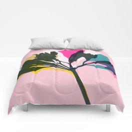 alstroemeria 5 Comforters
