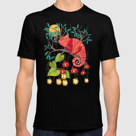 The Red Chameleon  T-shirt