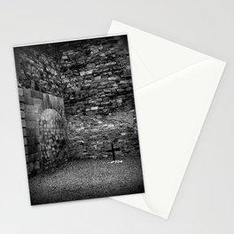 Kilmainham Skull | Black and White | Skull and Cross | Halloween Stationery Cards