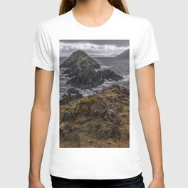 Island of pink flowers T-shirt