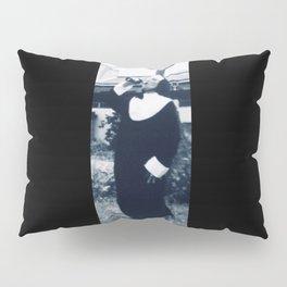 LB nun Pillow Sham