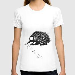 Echidna  (Tachyglossus aculeatus) T-shirt