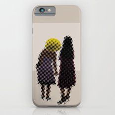 She tried, but all she could see was the missing picture Slim Case iPhone 6s