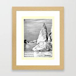 retro noir et blanc Dinant Framed Art Print