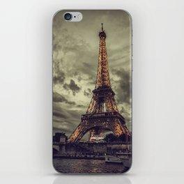 La Tour Eiffel_02 iPhone Skin