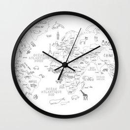 Carte du monde en image, en français Wall Clock