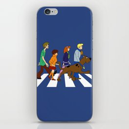 dog scooby iPhone Skin