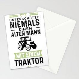Unterschätze Niemals Einen Alten Mann Mit Einem Traktor Stationery Cards