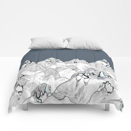 At night in the mountains Comforters