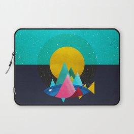 047 Owly travelling through vast cosmic sea Laptop Sleeve