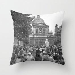 De Place de la Sorbonne met de universiteitskapel Ste Ursula, Bestanddeelnr 254 2112 Throw Pillow