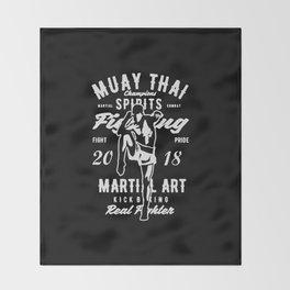 muay thai champions spirit Throw Blanket