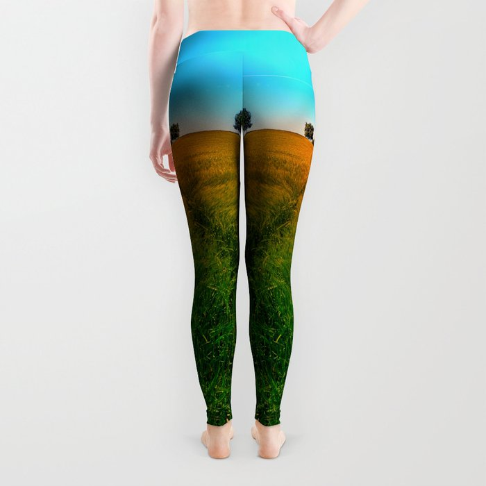 Waving fields of spring Leggings