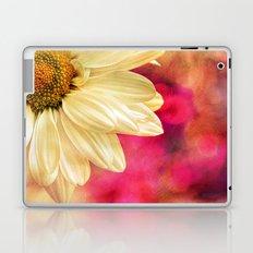 Daisy - Golden on Pink Laptop & iPad Skin