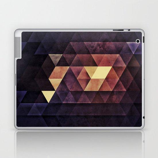 SYSTYM Z Laptop & iPad Skin