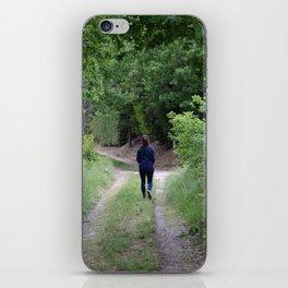 Sentiero nel bosco iPhone Skin