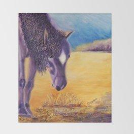 We graze | On broute Throw Blanket