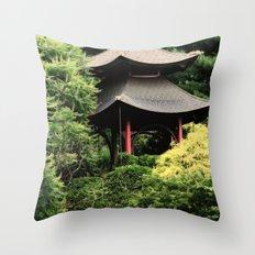 Garden tempel Throw Pillow
