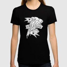 PIZZA LOVE AFFAIR T-shirt