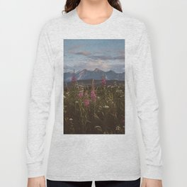 Mountain vibes - Landscape and Nature Photography Long Sleeve T-shirt