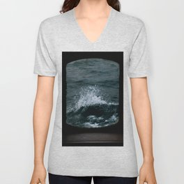 Wave out of a window of a ship – Minimalist Oceanscape Unisex V-Neck