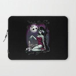 Alice in Zombieland Laptop Sleeve