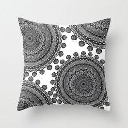 Mandala Black&White Throw Pillow