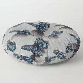 Les papillons de l'amour magique Floor Pillow