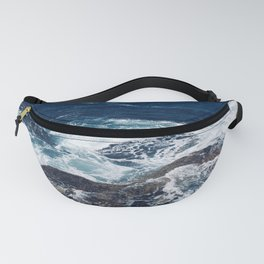 Waves hitting rocks, Clovelly Beach, NSW, Australia Fanny Pack
