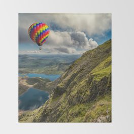 Snowdon Hot Air Balloon Throw Blanket