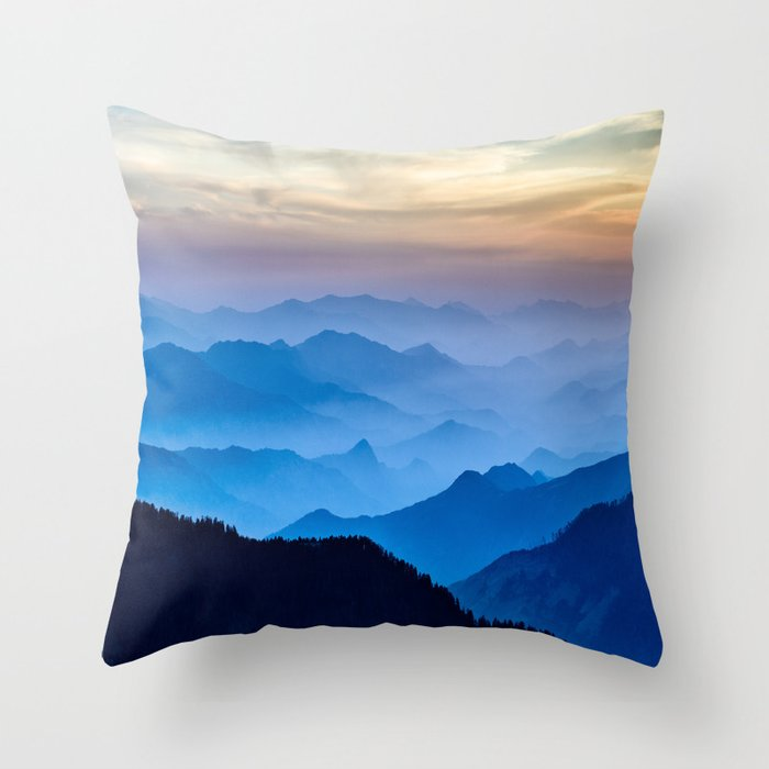 Mountains 11 Throw Pillow