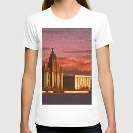 Liverpool Waterfront at Sunset (Digital Art) T-shirt