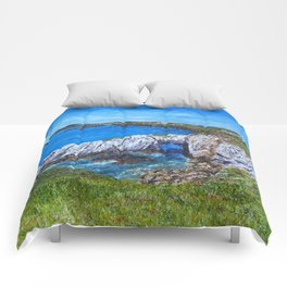 Gromllech Rock Arch Comforters