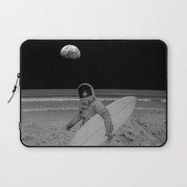 Moon surfer Laptop Sleeve