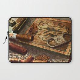 Dreaming Of Havana Laptop Sleeve