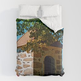 The Binder chapel (and some tree) Comforters