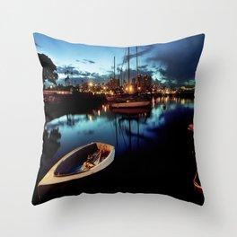 reflections at dawn Throw Pillow