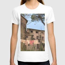Ceserano Clothesline T-shirt